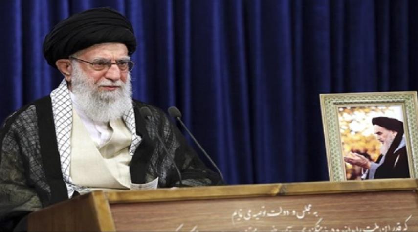 قائد الثورة الإسلامية يعزي برحيل الحاج شمقدري
