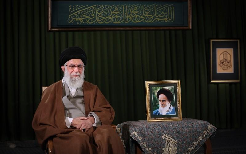 الإمام الخامنئي: السيد مرتضى علم الهدى من المفاخر العلمية في تاريخ الاسلام
