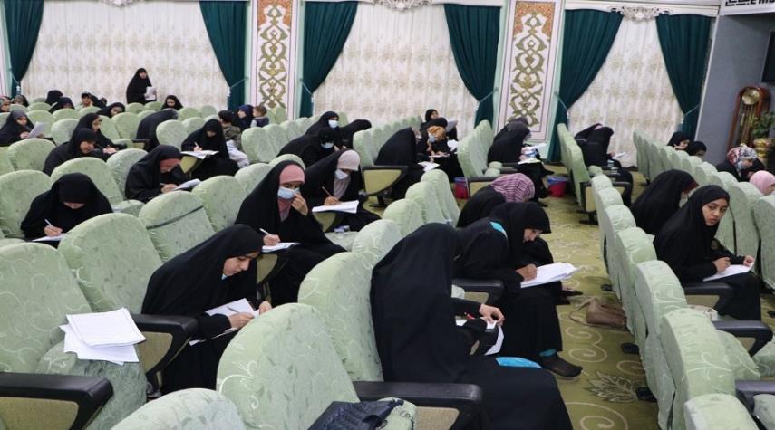 مسابقة قرآنية بحضور مشاركات من داخل العراق وخارجه