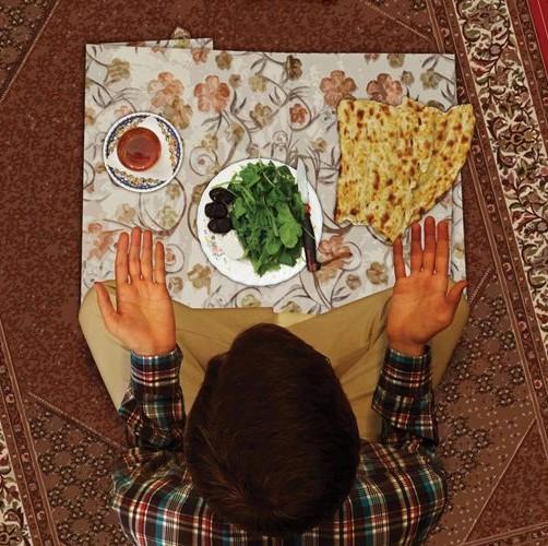آداب المائدة
