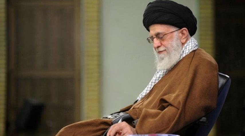 قائد الثورة الاسلامية يعزي بوفاة حجة الاسلام محتشمي بور