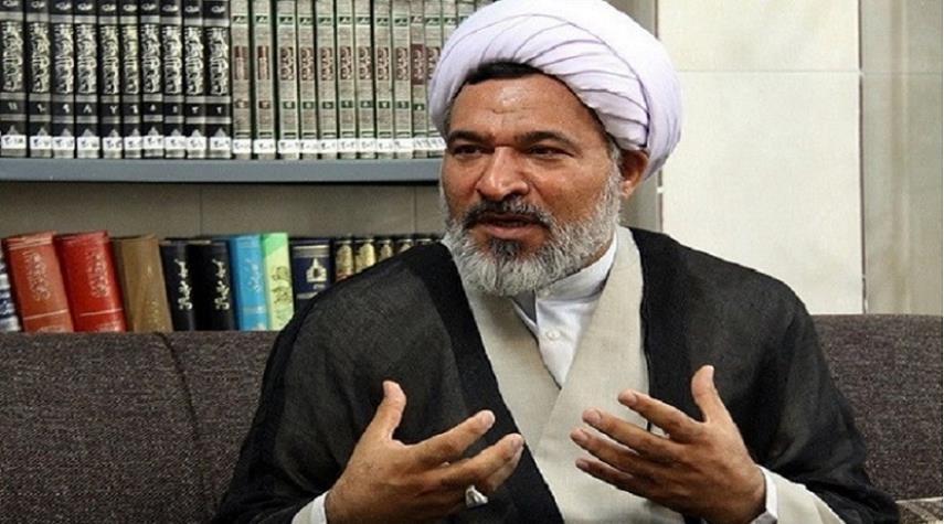 إعداد موسوعة العلوم القرآنية في أكثر من 30 مجلدا
